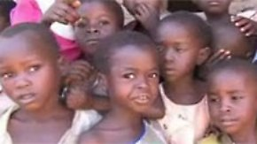 Strenge Gesetze in Malawi: Promibonus bei Adoptionen